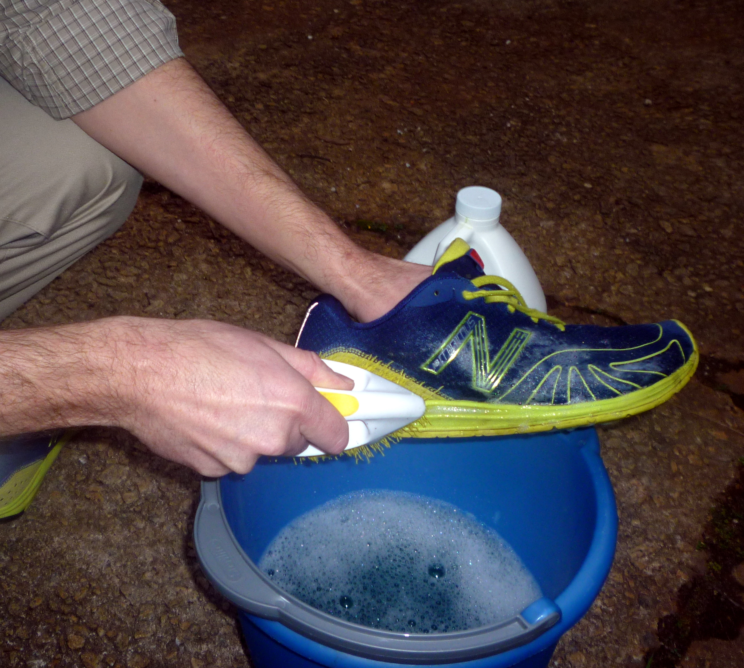 Cleaning your running clothes and gear the run commuter scrub ccuart Image collections